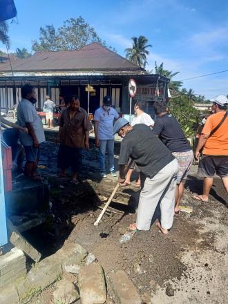 Galakkan Gotong Royong Perbekel Tajun Ajak Semua Elemen Masyarakat Ikut Berkontribusi Untuk Desa